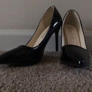 (3 for $15) Plain high heels